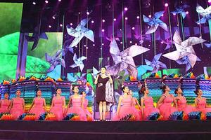 我院舞蹈團參加北京第三屆大學生藝術展比賽並獲第一名